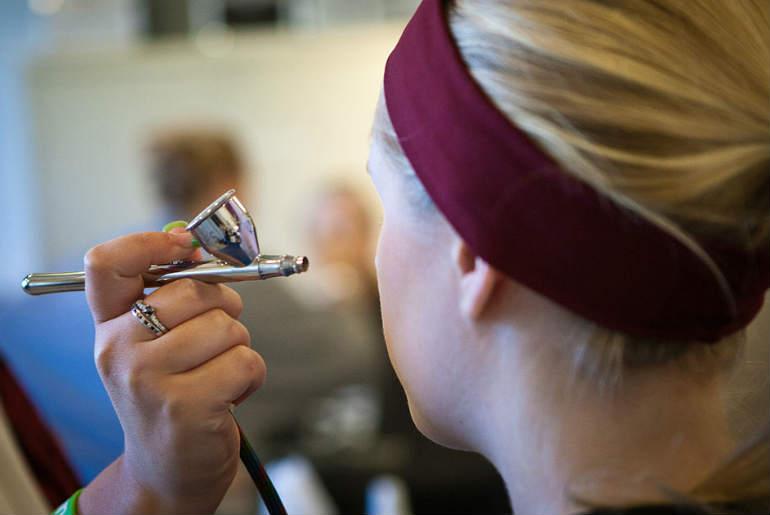 makeup, foundation, aerograf, airbrush