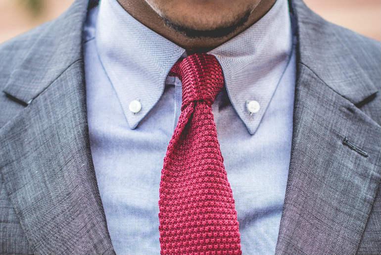 cu ce ma imbrac, cucemaimbrac, cravata tricotata, guler cu nasturi, smart casual